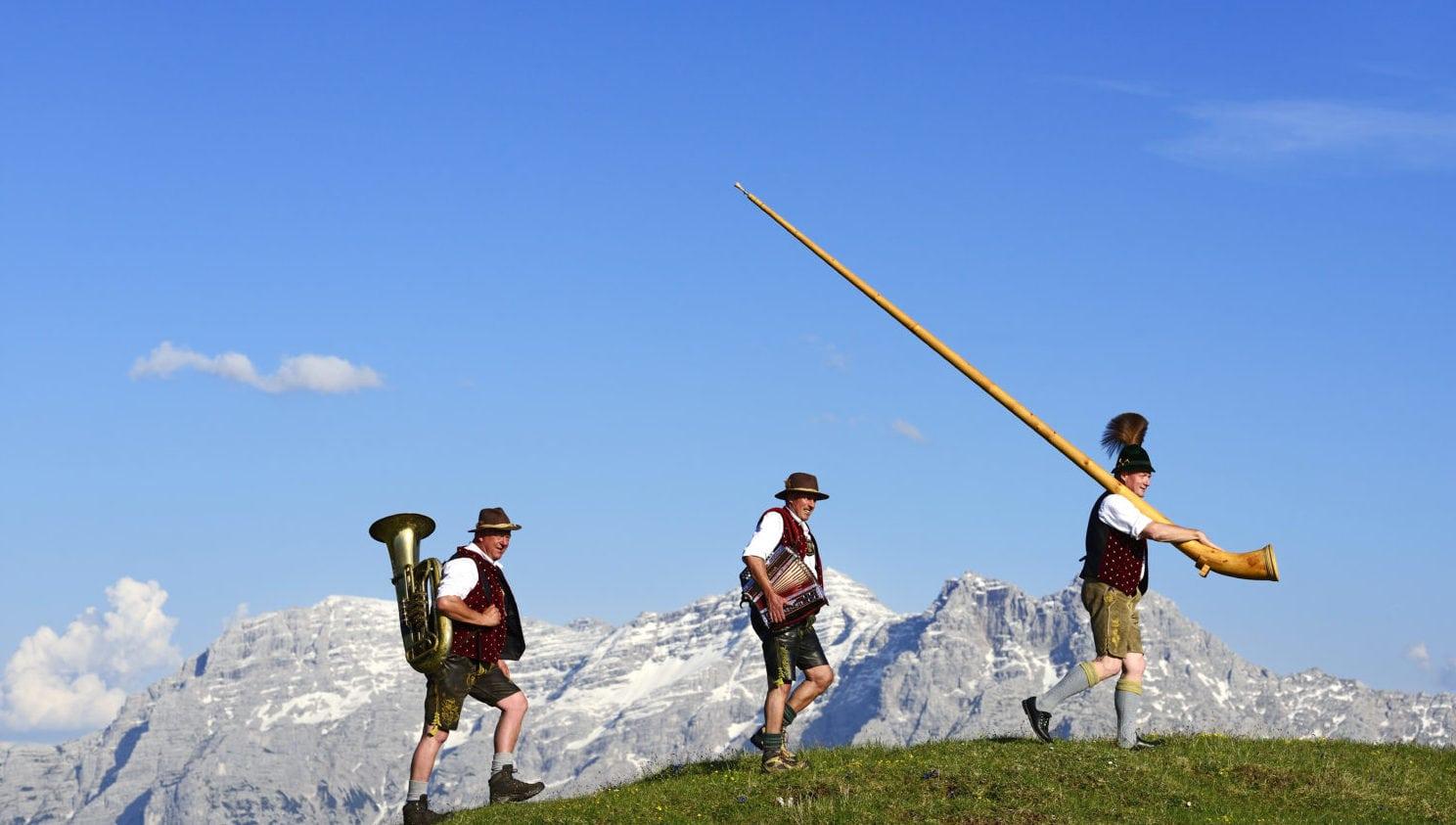 'Die Drei Bergfexen' goed voor een spontaan optreden.