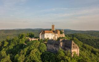 Luchtfoto van de Wartburg bij Eisenach