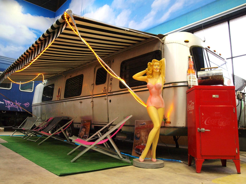 Indoor camping met veel retro