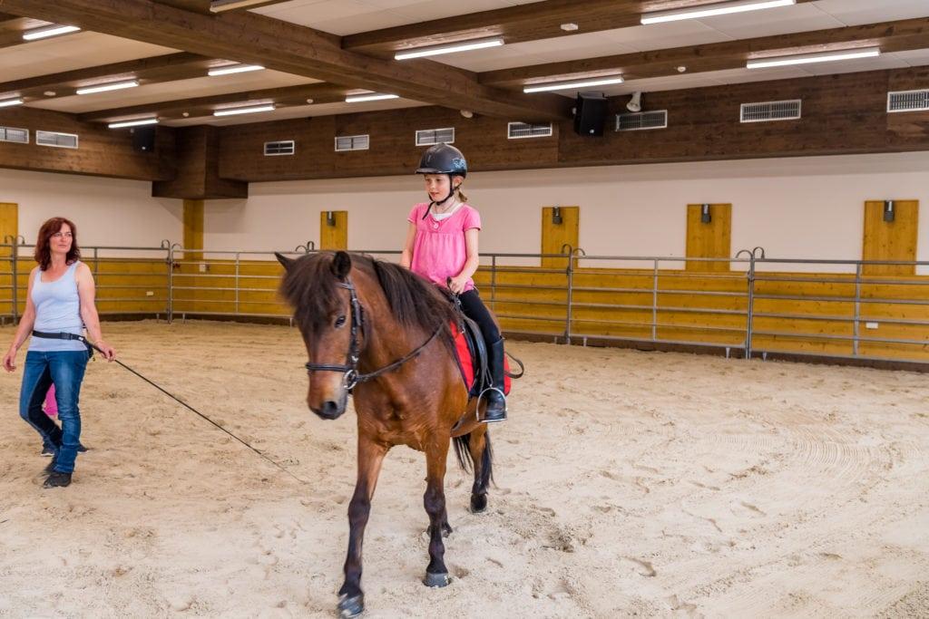 Ponyrijden in het Feldberger Hof