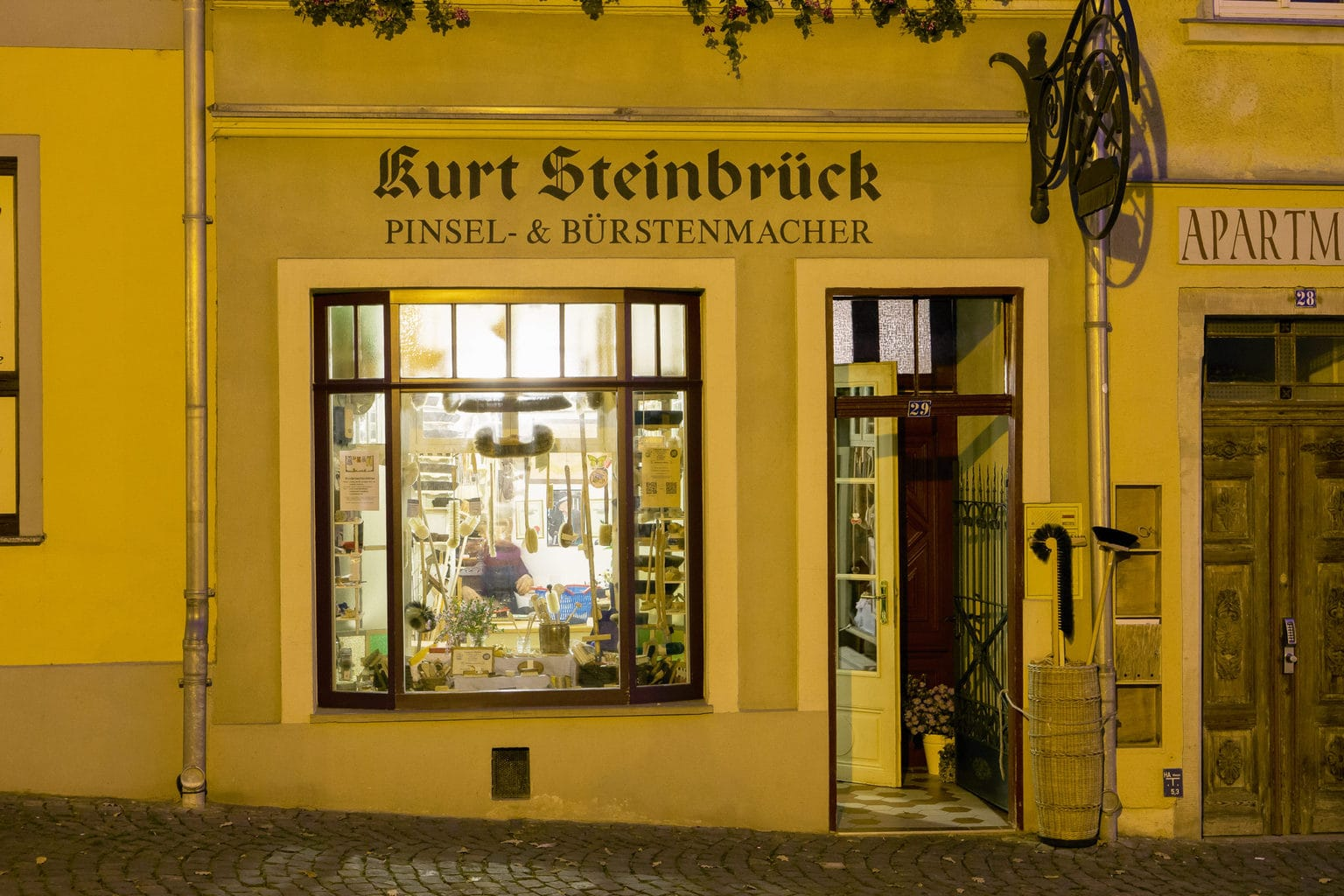 Unieke borstelmaker winkel in Naumburg an der Saale