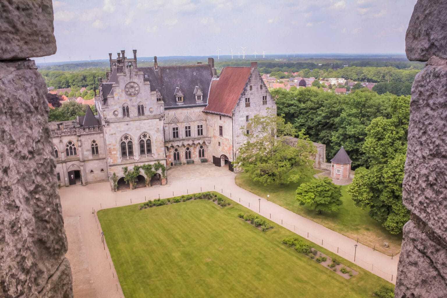 De burcht in Bad Bentheim vanuit de lucht