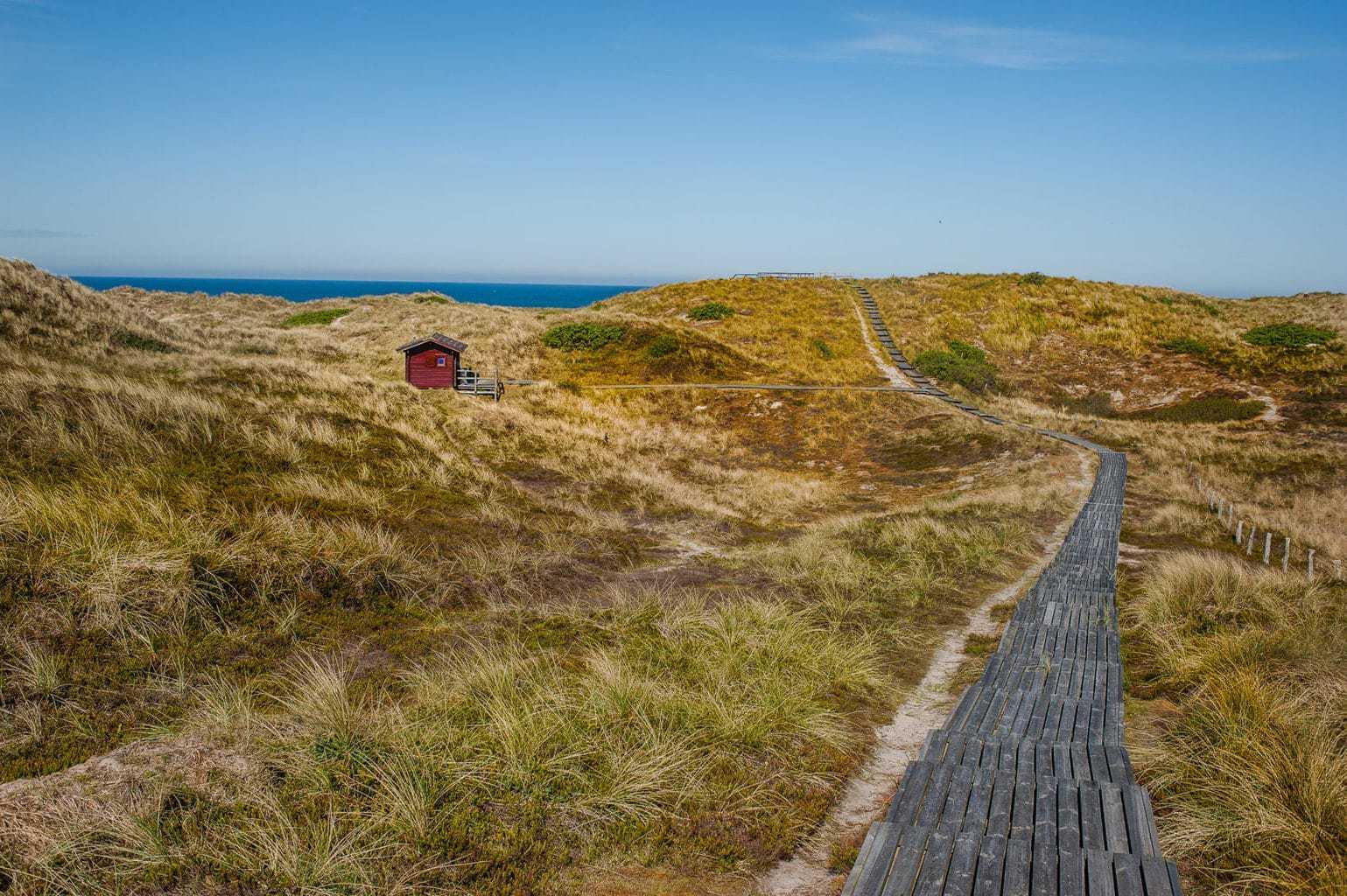 Duinen met een hut op het eiland Sylt in Duitsland