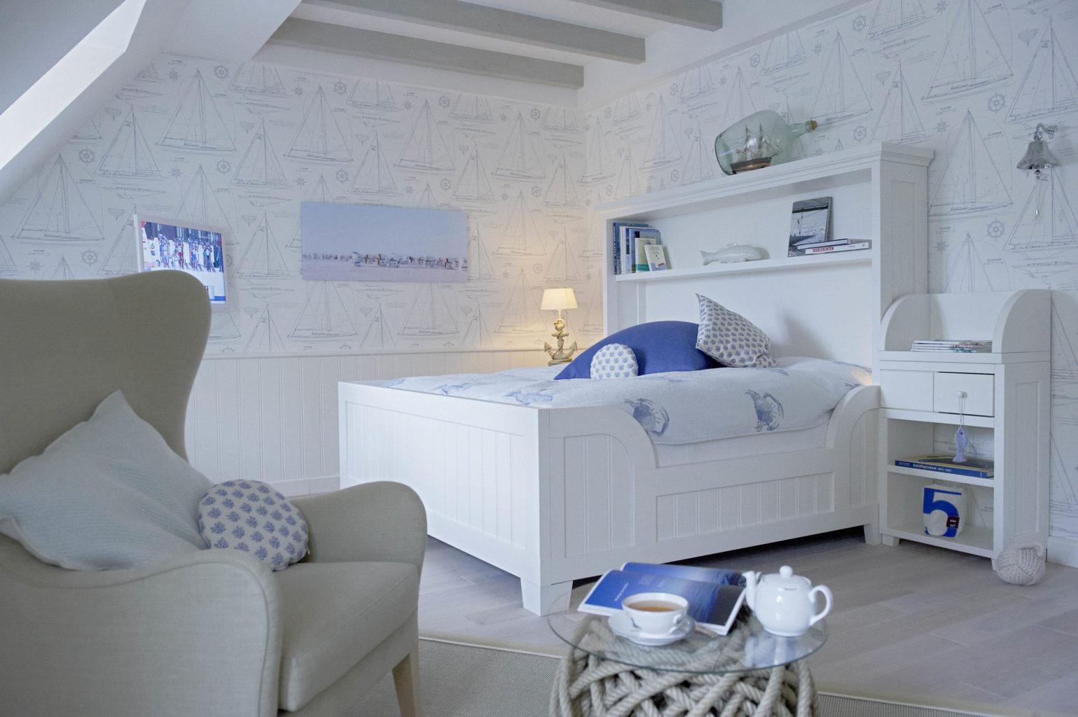 Slaapkamer van de Suite Land und Meer in Hotel Lösch für Freunde in Rijnland-Palts