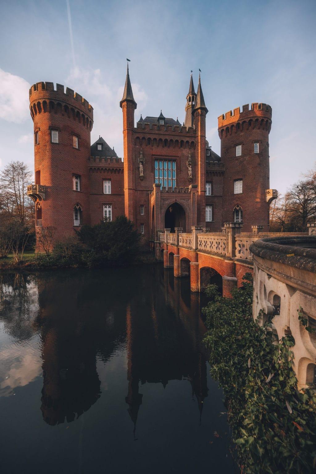 In kasteel Moyland bij Kleef is het Beuys-Archief