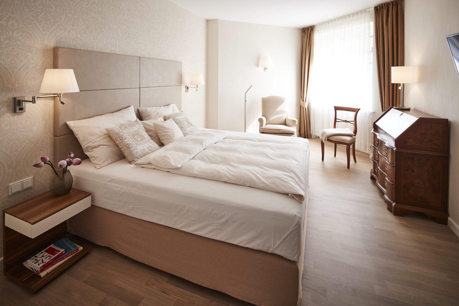 Tweepersoonskamer in Hotel Parkschlösschen aan de Moezel