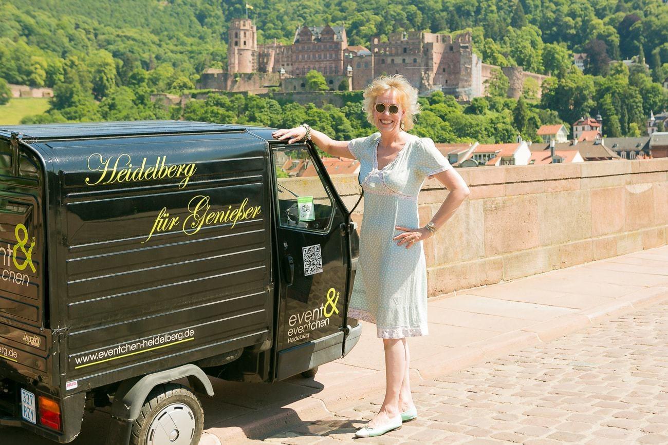 Susanne Kahlig is food-specialiste in Heidelberg met auto en kasteel