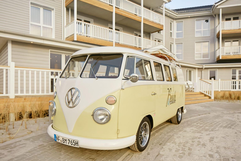 Een VW Bulli voor Beach Hotel Heiligenhafen