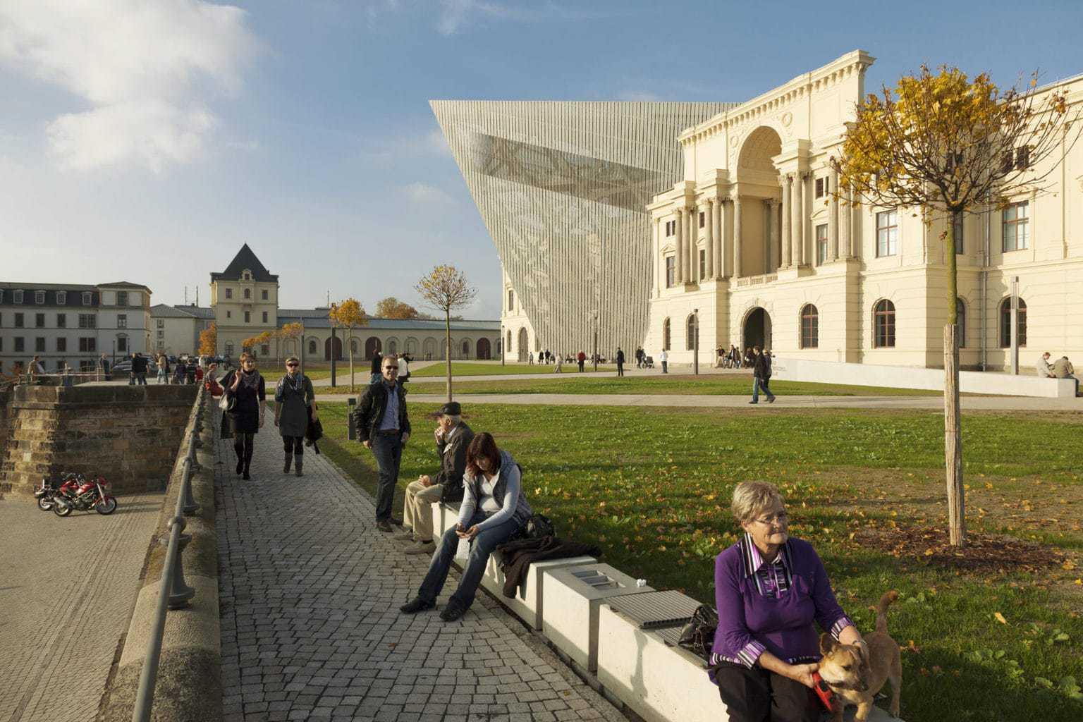 Het militairhistorisch museum van de Duitse Bundeswehr in Dresden is ontworpen door Daniel Libeskind