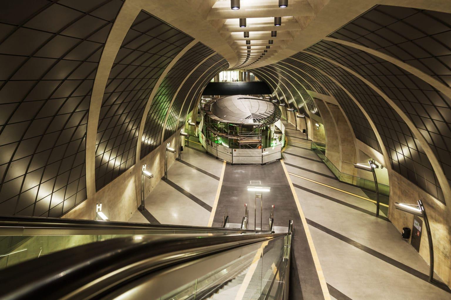 Het metro station Heumarkt in Keulen