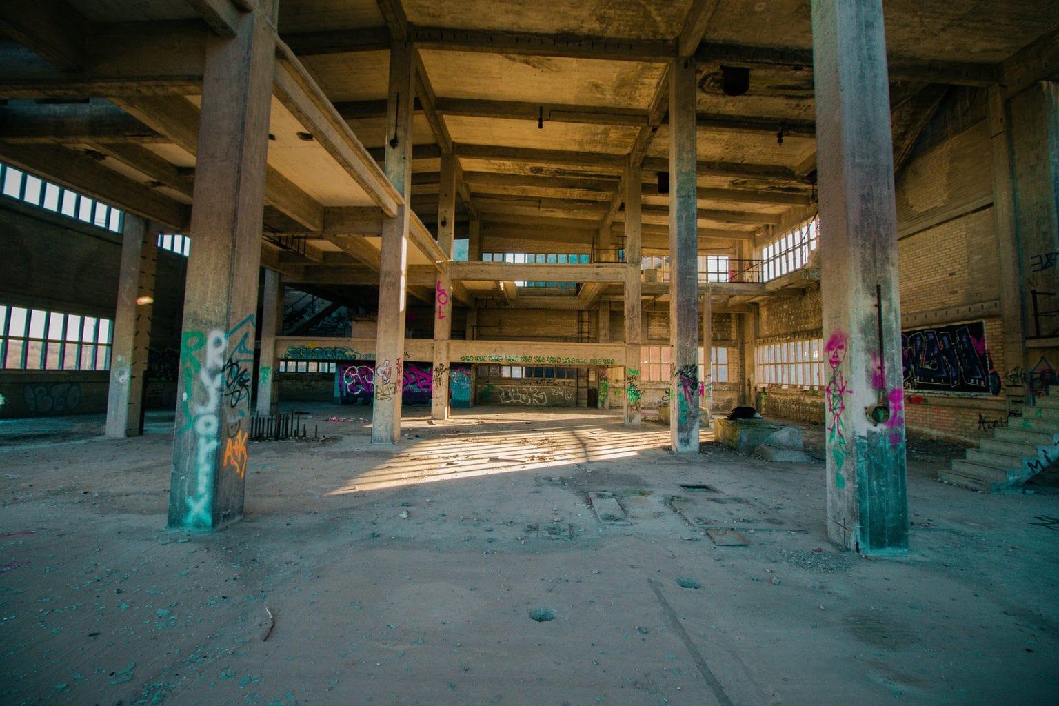 Een verlaten fabriek in Berlijn