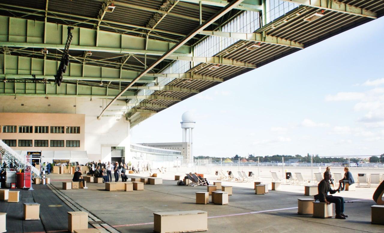 Berlin Art Week Hangar van Tempelhof
