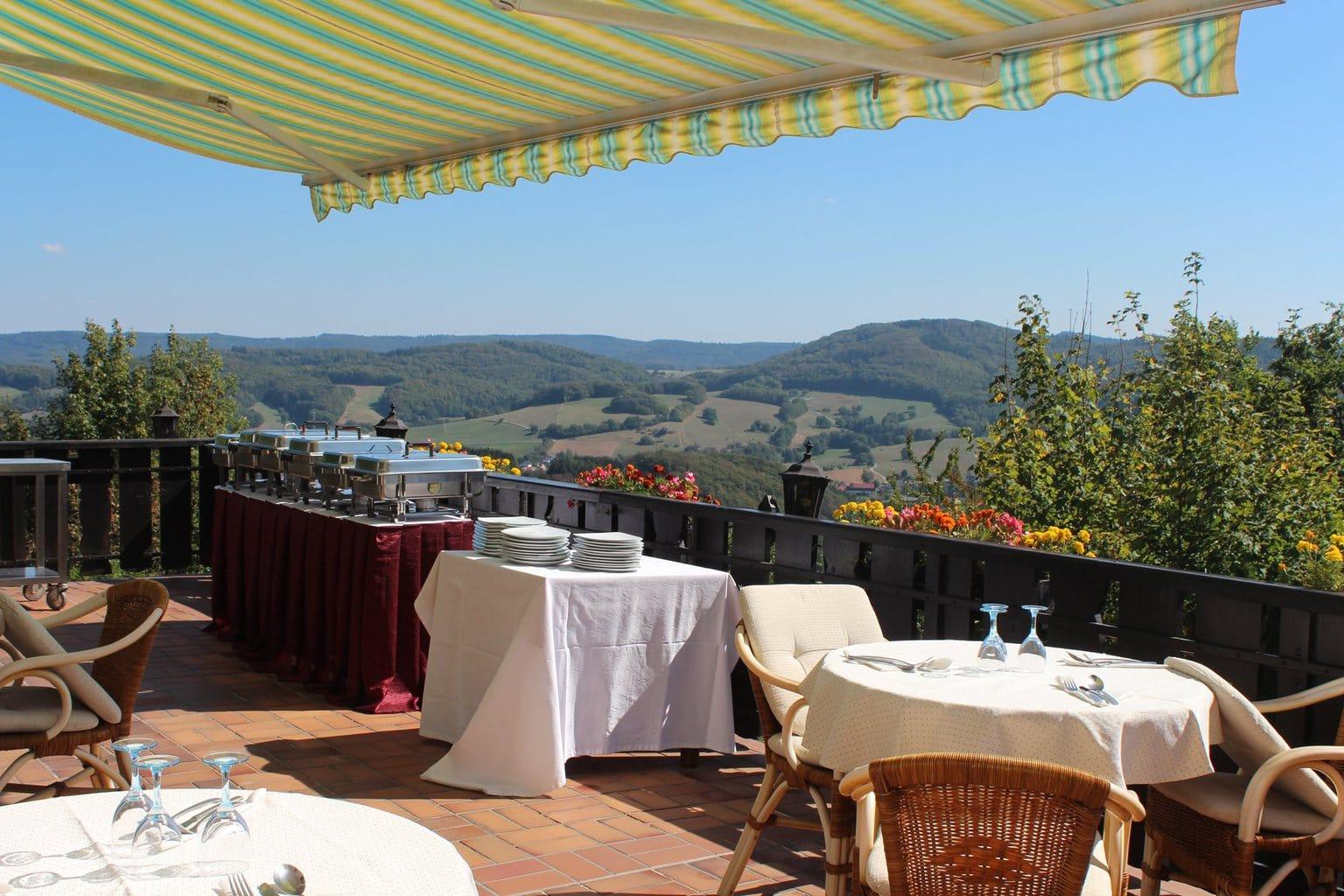 Prachtig uitzicht van het terras van Hotel Heritage Ayurveda in Lindenfels-Winterkasten