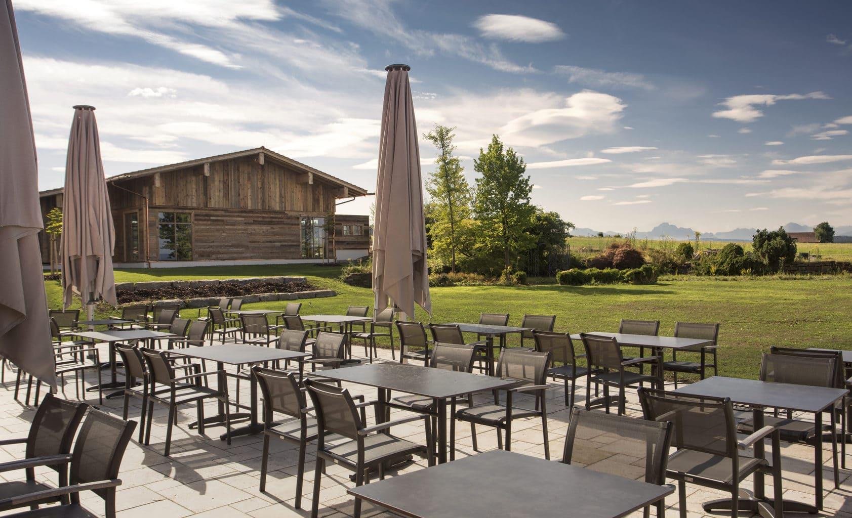 Het hotel Weitblick in Marktoberdorf biedt suites met uitzicht op de Allgäu