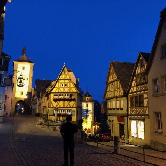 Het Plönlein is een wereldberoemd pleintje in Rothenburg ob der Tauber
