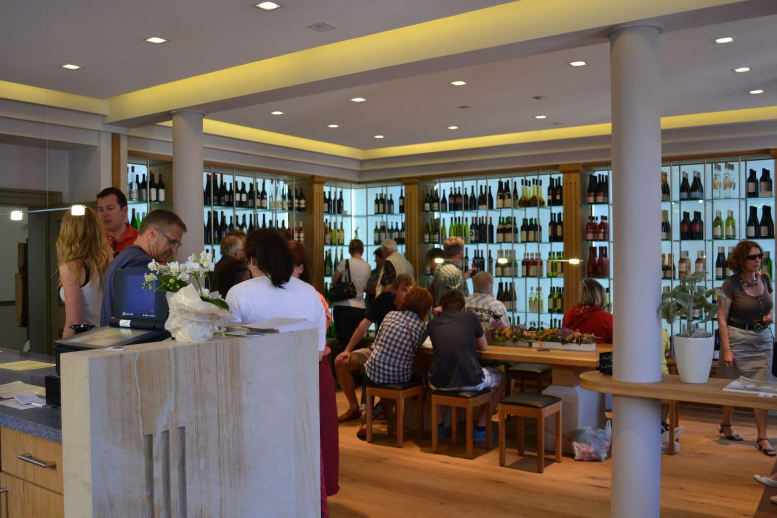 Wijnproevernij in de Südliche Weinstraße