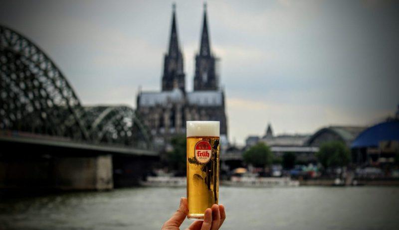 De dom, de Rhein en een glas Kölsch omschrijven de ziel van de stad Keulen voortreffelijk