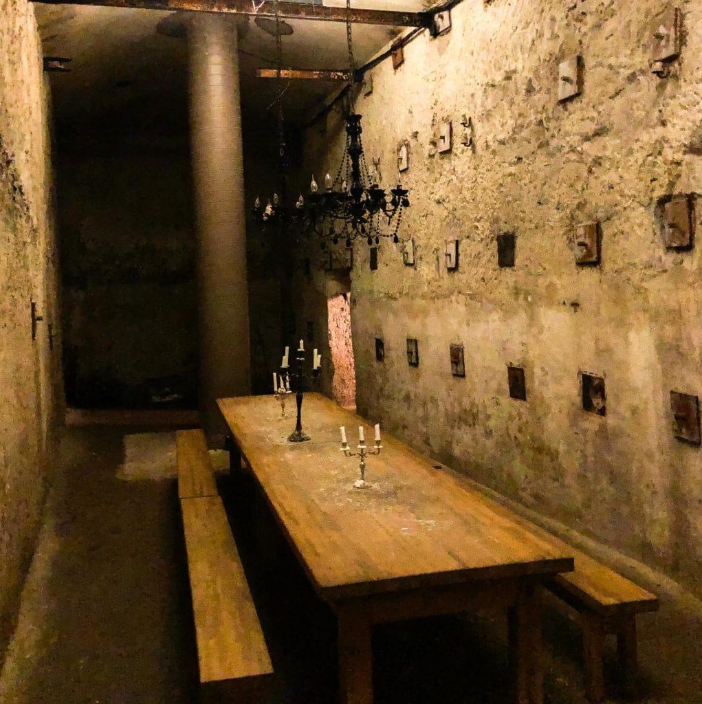 De rotskelders in Neurenberg worden tegenwordig ook voor andere dingen gebruikt zoals diners