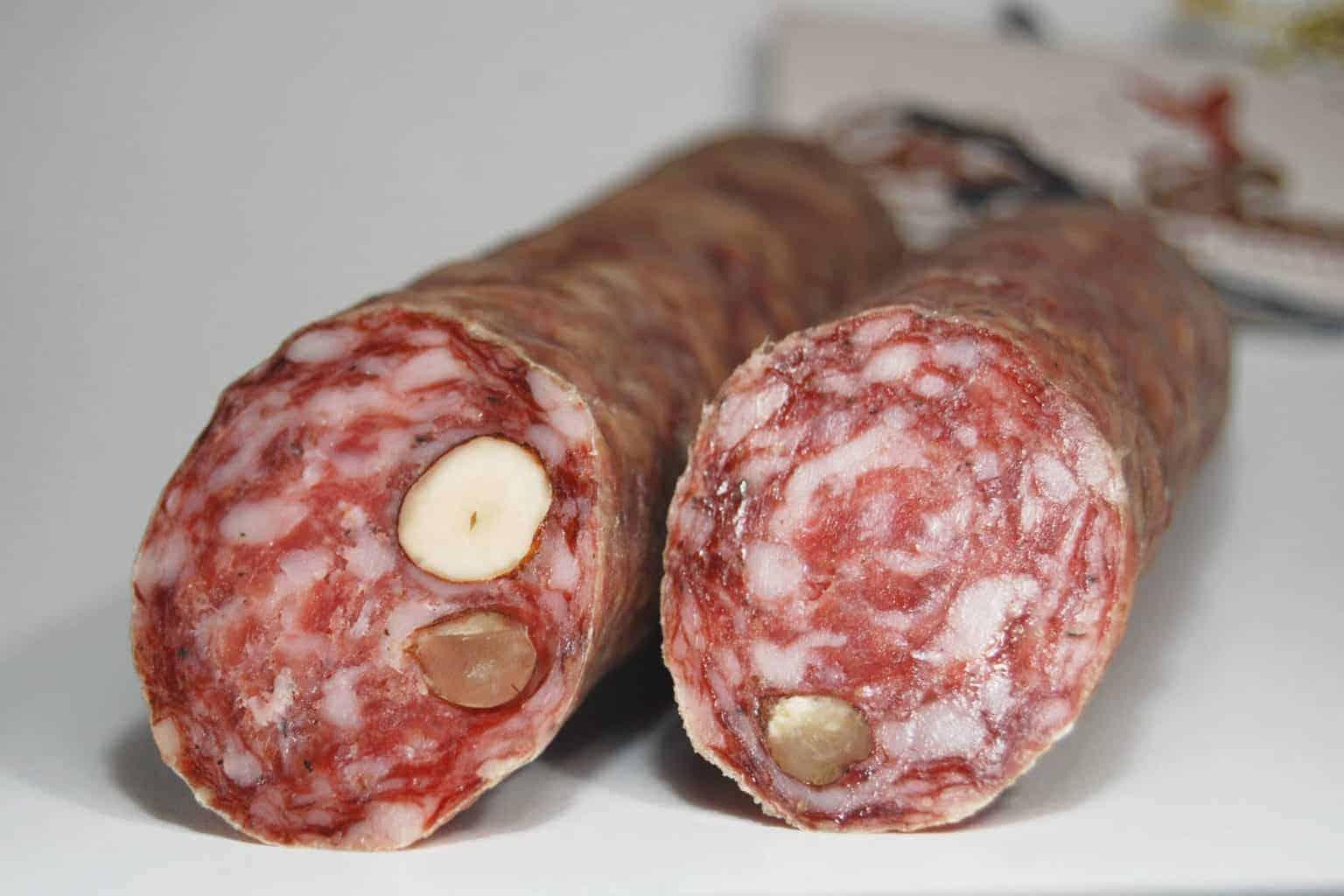 Ahle Wurscht betekent zoiets als oude worst, het is een specialitei in Hann. Münden