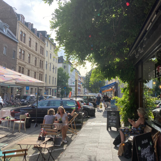 Een terrasje pakken in de Südstadt in Keulen
