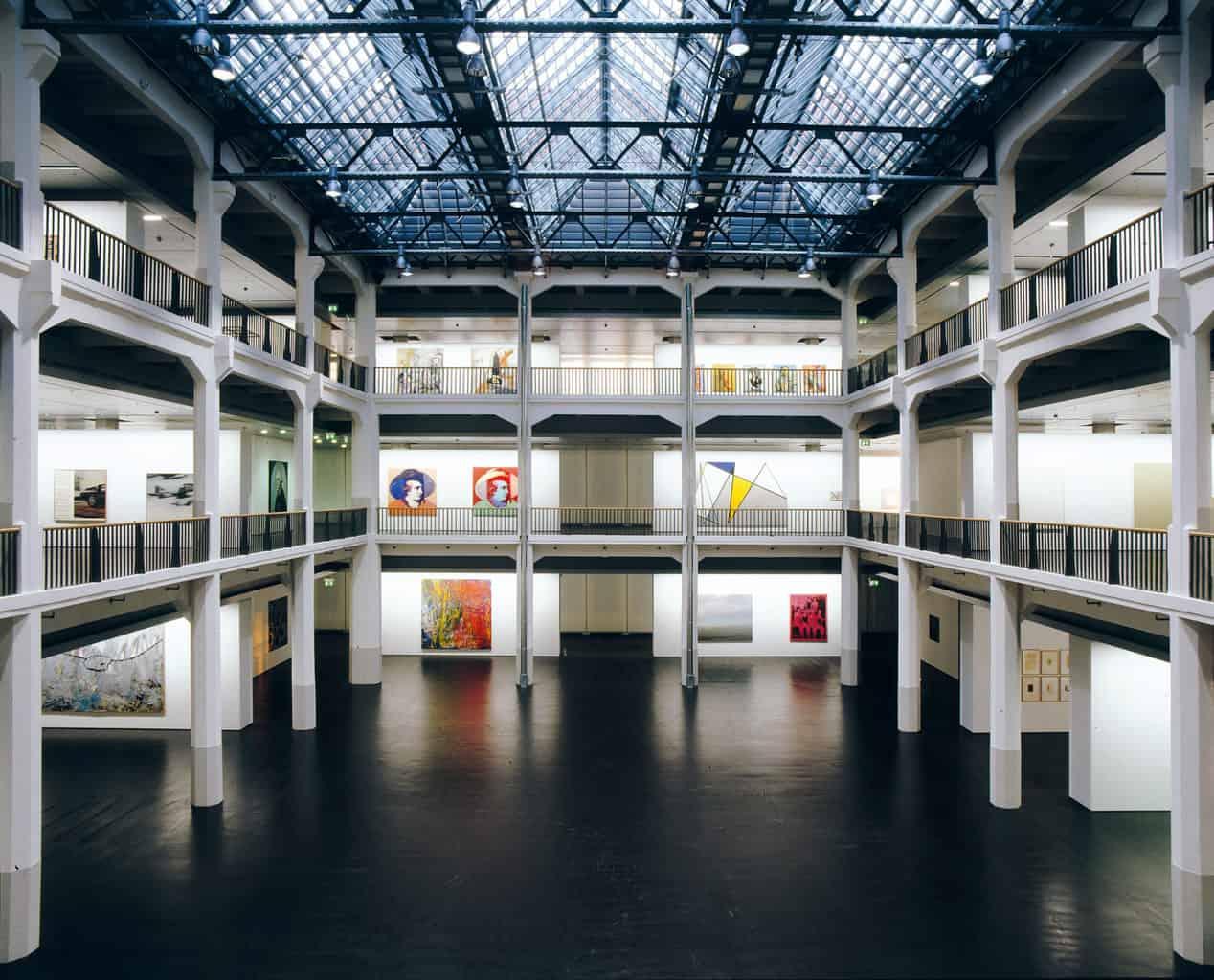 Het centrum voor cultuur en media in Karlsruhe