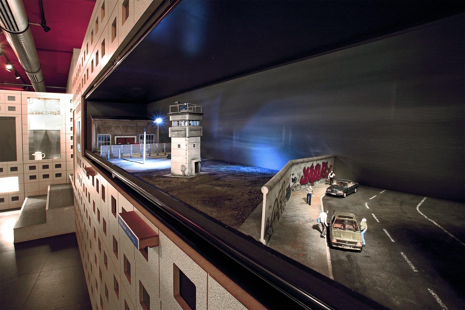 DDR Museum in Berlijn met tentoonstelling over de Berlijnse muur