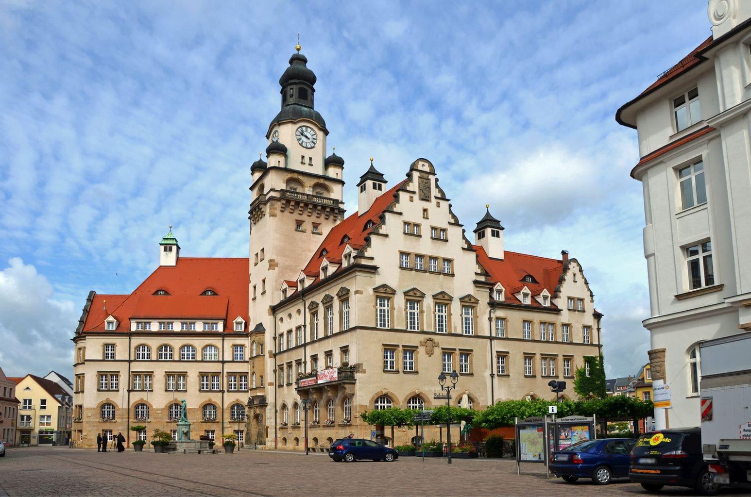 Het stadhuis van Döbeln bij Leipzig in Saksen