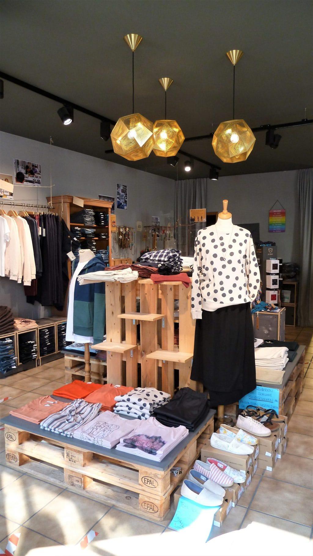 Het aanbod in de winkel Fischerins Kleid in Ulm is toch best wel groot