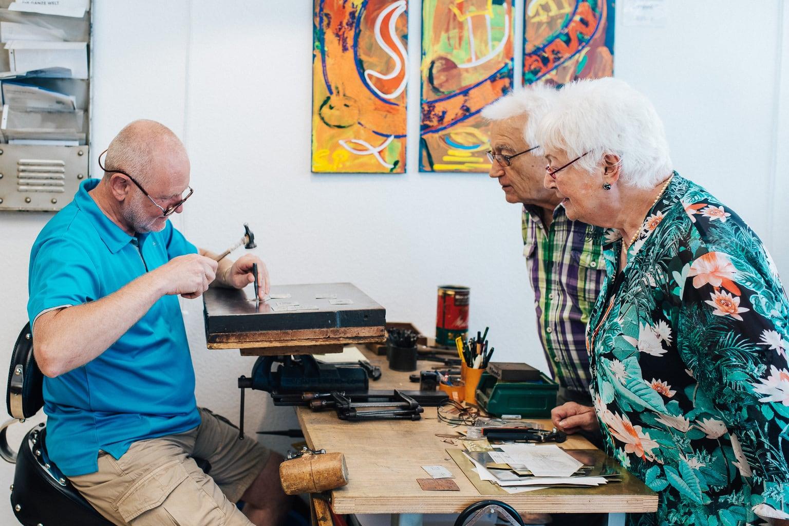 Traditioneel handwerk behoort in Linz nog steeds tot het dagelijks leven