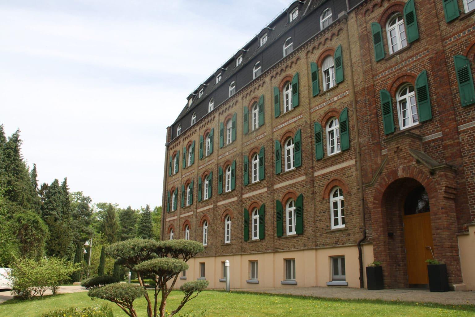 Kloster Arenberg bij Koblenz staat open voor bezeokers