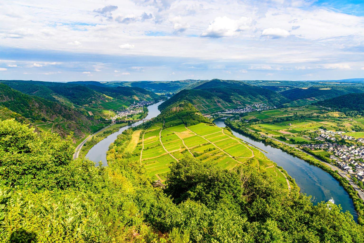 De Moselschleife is een van de attracties tijdens De wijnregio Zell Mosel is een van de attracties tijdens de Sterrenfietstochten in Duitsland