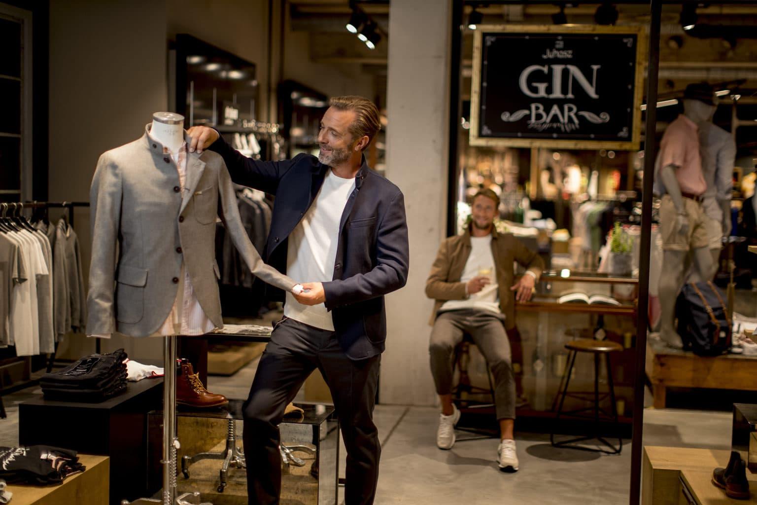Ook winkelen behoort bij een lekkere wellness-trip voor mannen in Bad Reichenhall