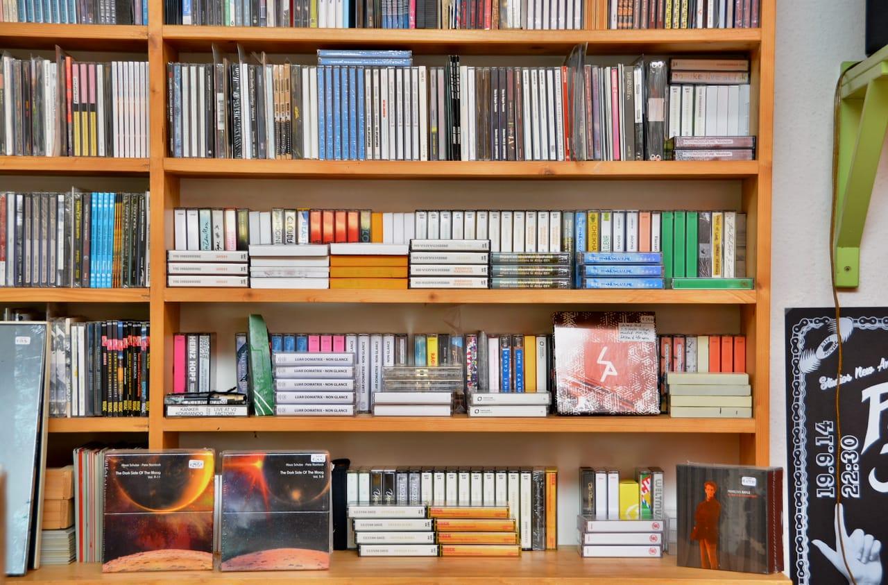 A-Musik in Keulen heeft zelfs nog cassettes of tapes