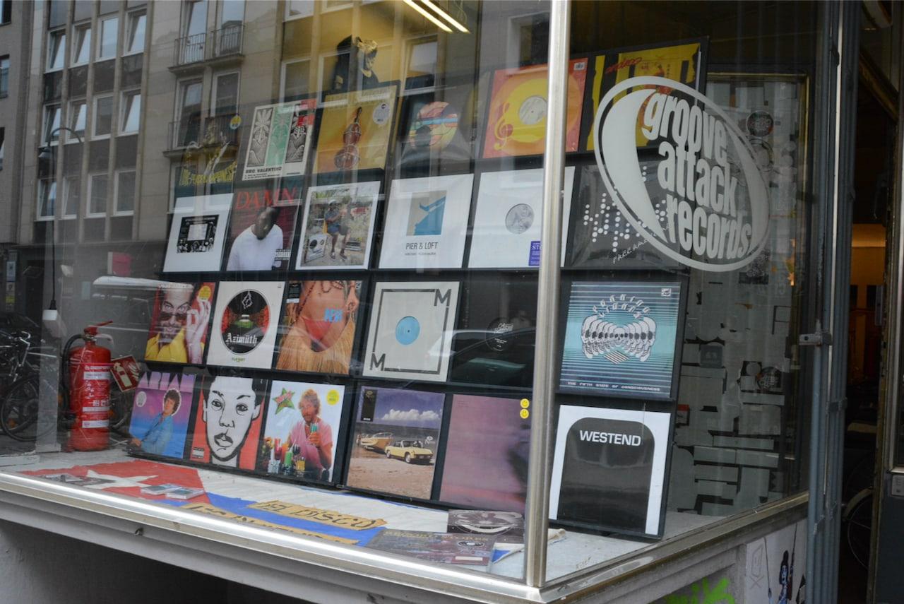 Etalage van Groove Attack Records in Keulen