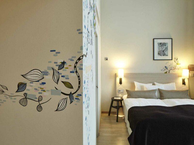 Kamer 712 in Scandic Emporio in Hamburg met kunst van Julia Benz