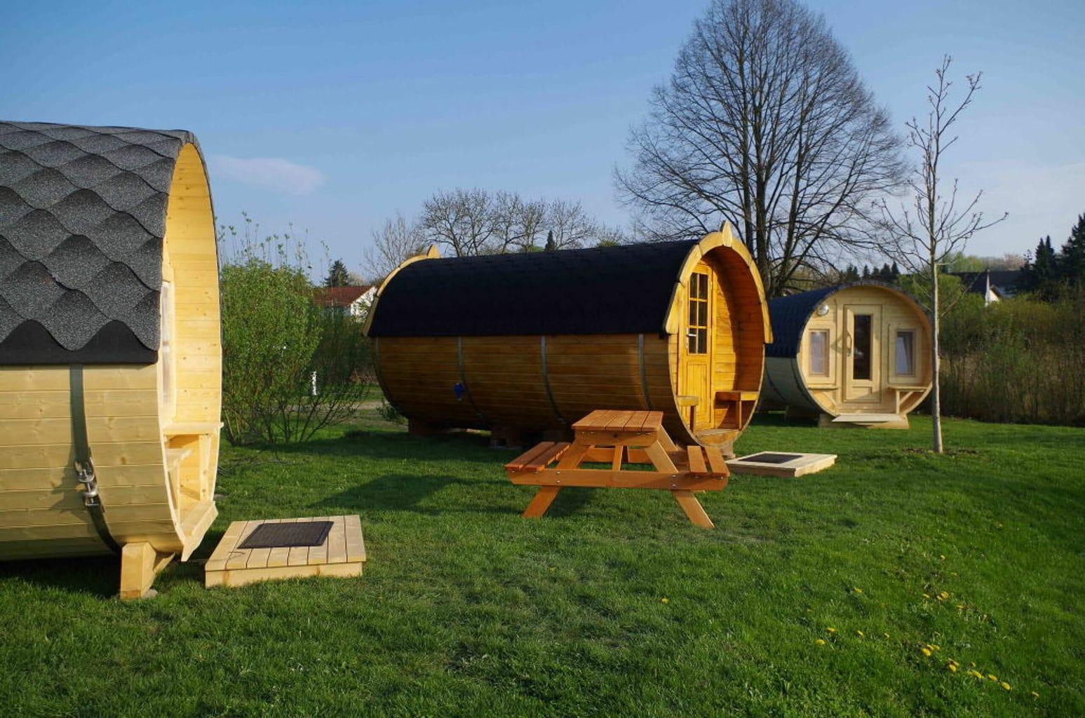 Slapen in een luxe wijnvat in de heuvels van Rijnland-Palts