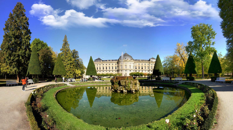 Residentie kasteel in het Duitse Würzburg aan de Romantische Straße is een ontwerp van Balthasar Neumann