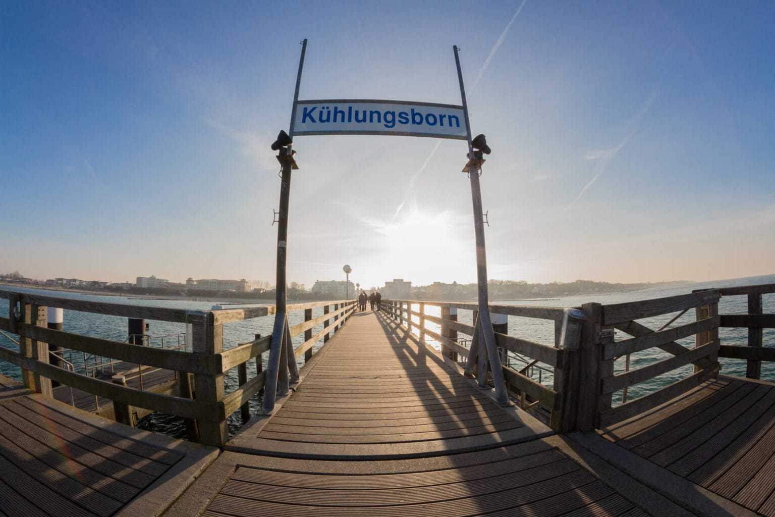 Pier in de badplaats Kühlungsborn in Duitsland