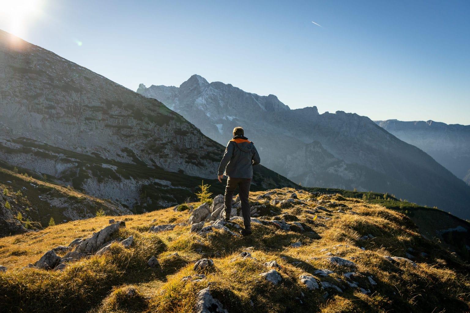 De Alpen in be buurt van de Chiemsee in Beieren