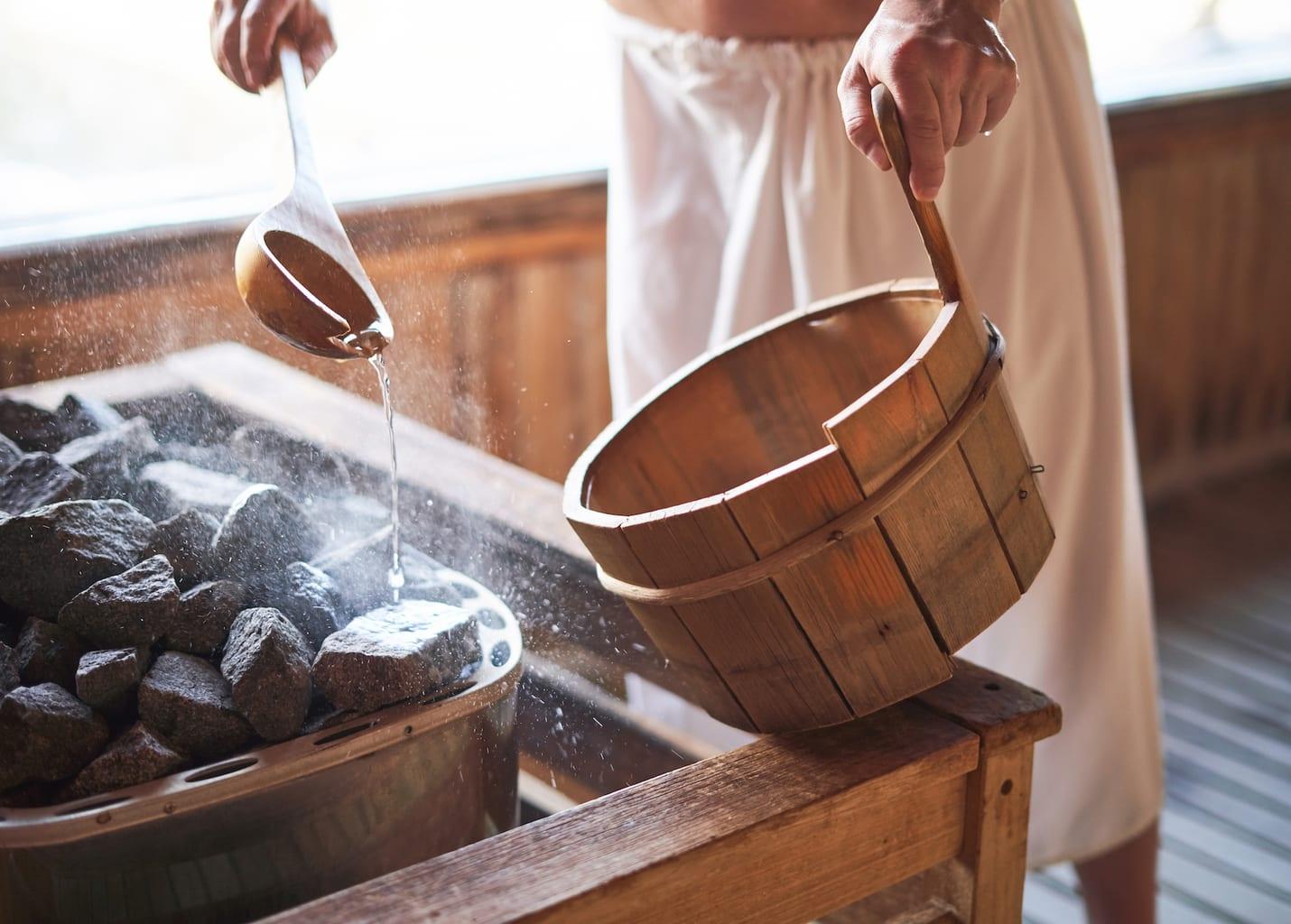 Apparatuur voor een opgieting in een Duitse sauna