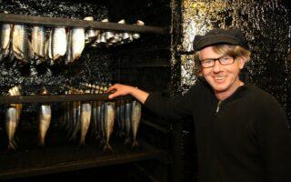 Visroker Jürgen Franke in Bremerhaven maakt de beste gerookte vis van de regio