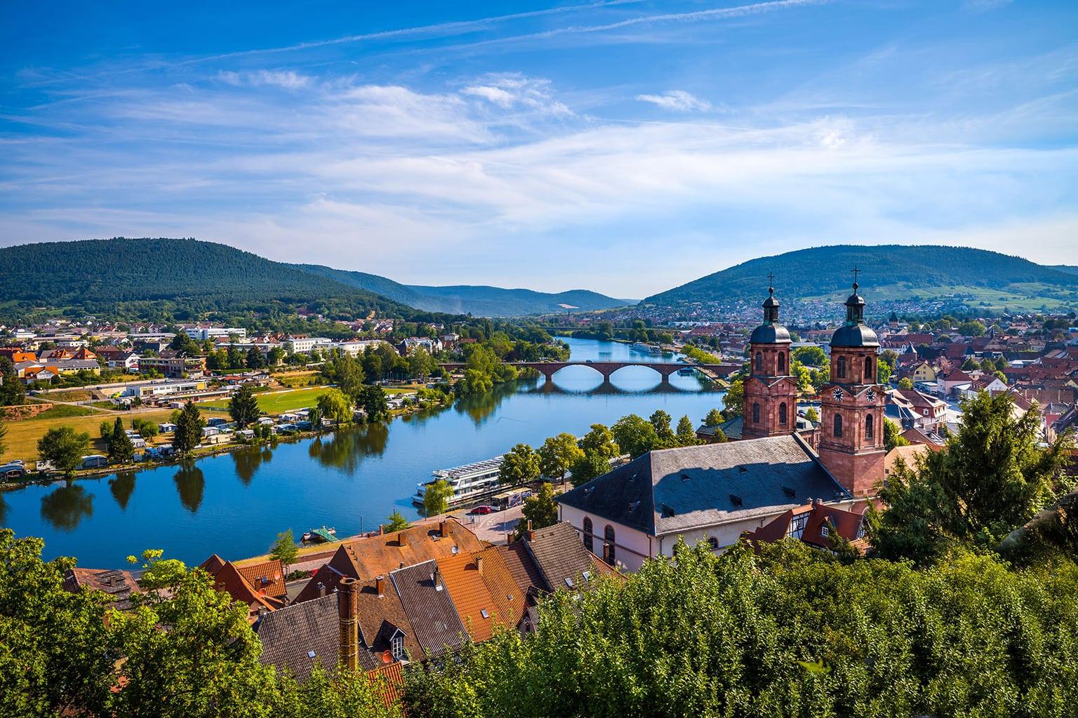 Panorama van de stad Miltenberg